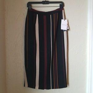 midi-pencil skirt